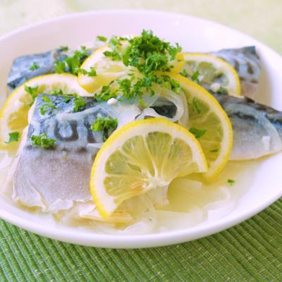 さっぱり 塩鯖のレモン煮