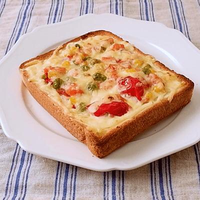 ミックスベジタブルでラタトゥイユ風ピザトースト
