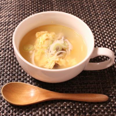 合間にできちゃう!きのこと卵の中華スープ