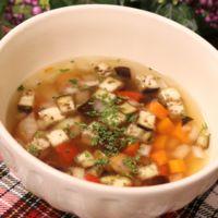 レンジで簡単!お野菜コンソメスープ