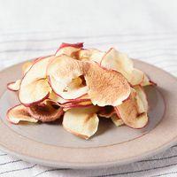 電子レンジで作るサクサクりんごチップス