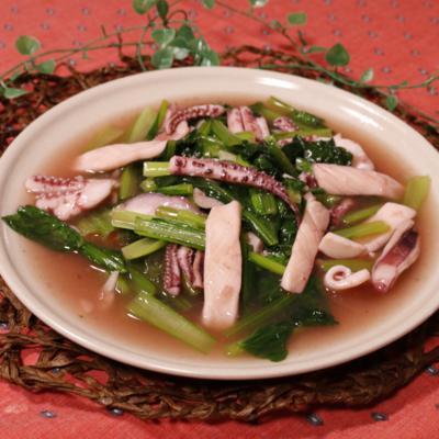 トロトロあんがからむ!小松菜とイカの炒め