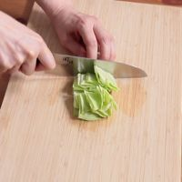 キャベツの切り方 一口大