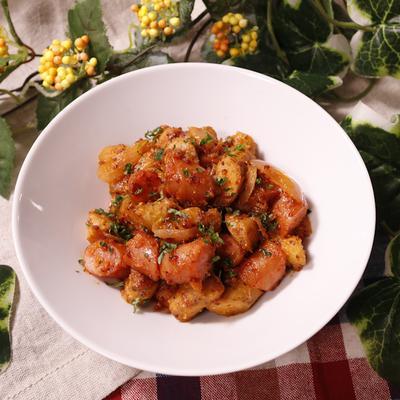 ポリポリ食感がおいしい ゴボウとウインナーのマスタードケチャップ炒め