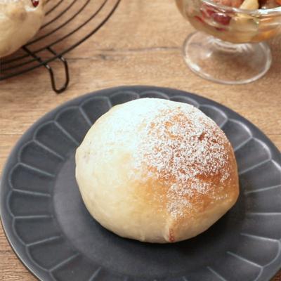 ナッツのはちみつ漬けでふんわりパン