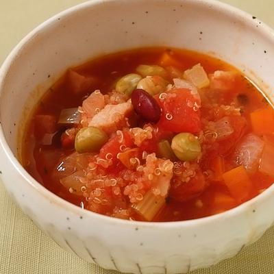 野菜たっぷり キヌアのトマトスープ