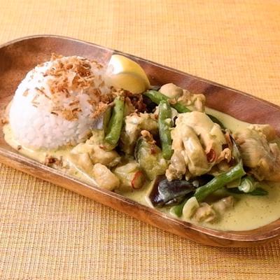 バリ風 チキンとココナッツミルクのカレー