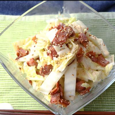 カリカリベーコンと白菜のクリーミーサラダ