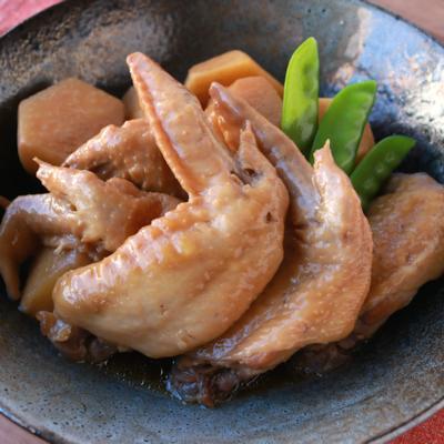 炊飯器で簡単 里芋と手羽先の煮物