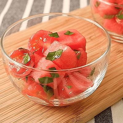 すいかとミニトマトのイタリアン風サラダ