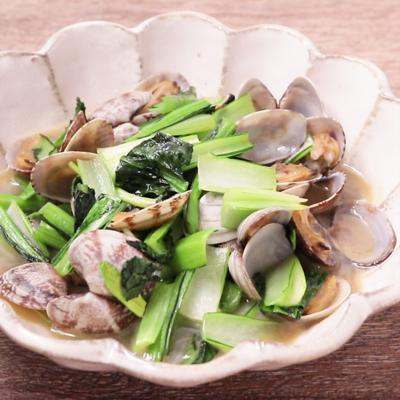 あさりと小松菜のガリバタ炒め