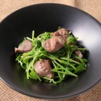 砂肝と豆苗の中華和え