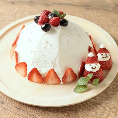 生チョコ入り クリスマスドームケーキ