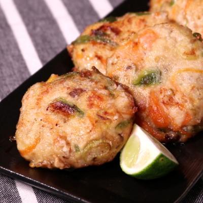 食感ザクザク!五目野菜と鶏挽肉のさつま揚げ風