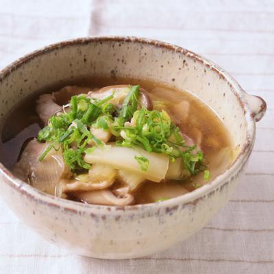 豚肉と白菜の食べるスープ