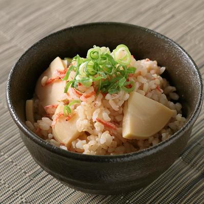 タケノコと桜エビの玄米混ぜご飯
