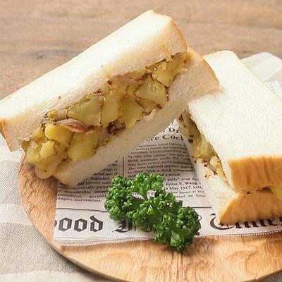 具たっぷり ジャーマンポテトのサンドイッチ