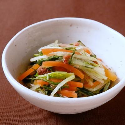 水菜と人参の梅おかか和え