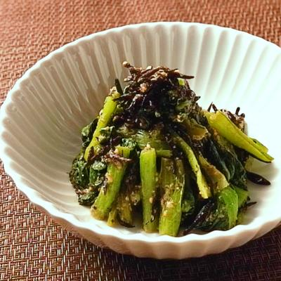 小松菜とひじきの胡麻和え