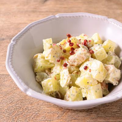 ポテトとアーモンドのクリームチーズ和え