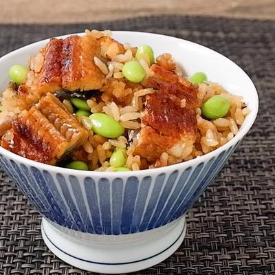 うなぎと枝豆の炊き込みご飯