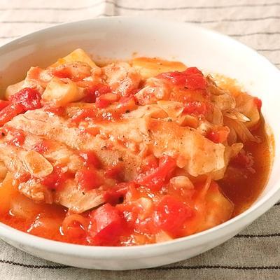 タラとじゃがいものトマト煮込み
