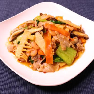チンゲン菜の中華風ピリ辛炒め
