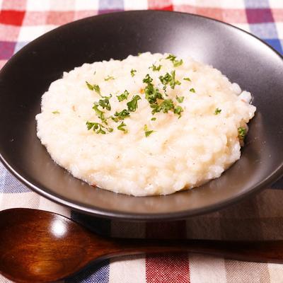 カニ缶を使って米から炊く本格リゾット