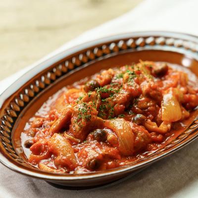 煮込んで簡単!チキンのトマト煮込み