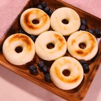 米粉とクリームチーズの焼きドーナツ