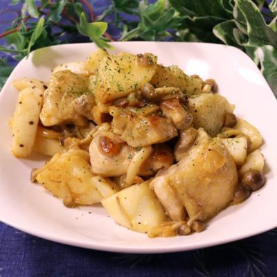 鶏モモ肉と長芋のバター醤油炒め