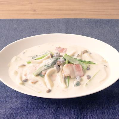 小松菜とベーコンとしめじのクリーム煮
