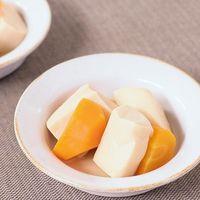 高野豆腐とにんじんの含め煮