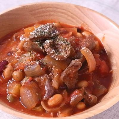 バル風 鶏ハツと豆のトマト煮込み