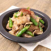 青唐辛子と豚肉のにんにくしょうゆ炒め
