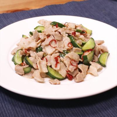 豚バラ肉とキュウリの中華風炒め