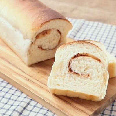 パウンド型で シナモン食パン