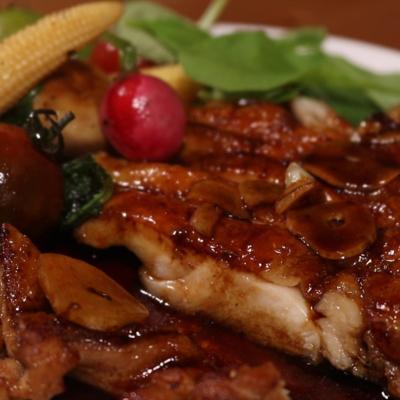 鶏もも肉のバルサミコソース