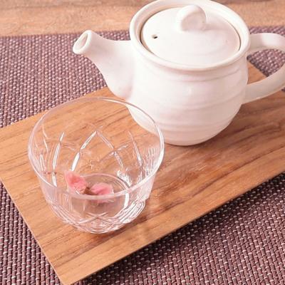 緑茶で桜茶の淹れ方