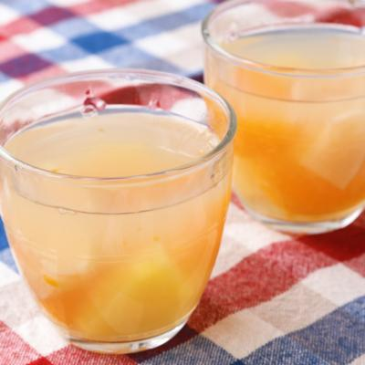 りんごジュースでフルーツ寒天