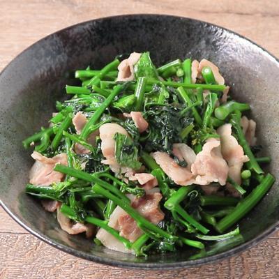 からし菜と豚バラ肉の炒め物