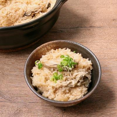 土鍋で牡蠣のバターしょうゆごはん