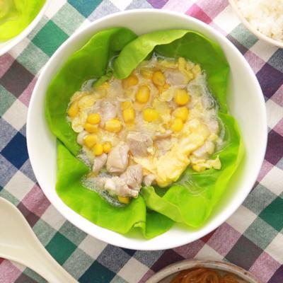 鶏もも肉の中華スープ