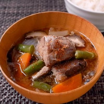 ピリ辛 サバ缶と彩り野菜の食べる味噌汁