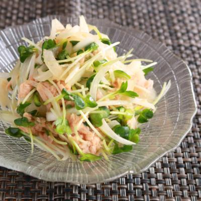 ツナと玉ねぎの簡単サラダ