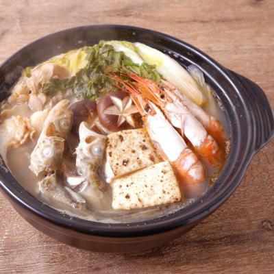 海鮮しょっつる鍋