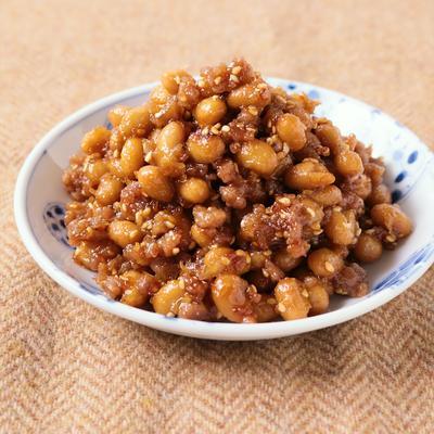 そぼろが入った味噌大豆