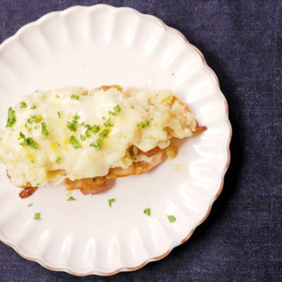 鶏むね肉とマッシュポテトのチーズ焼き