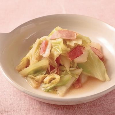 キャベツと白菜のコンソメスープ煮