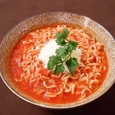 トマト塩ラーメン